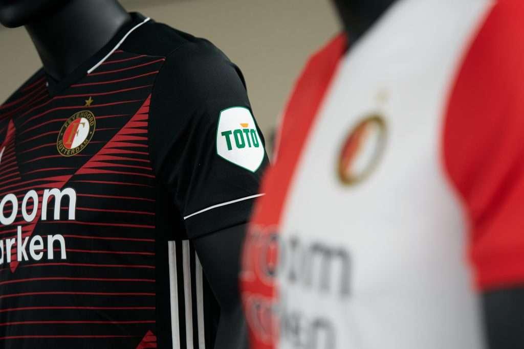 Feyenoord tekent sponsorcontract toto (bron: feyenoord.nl)
