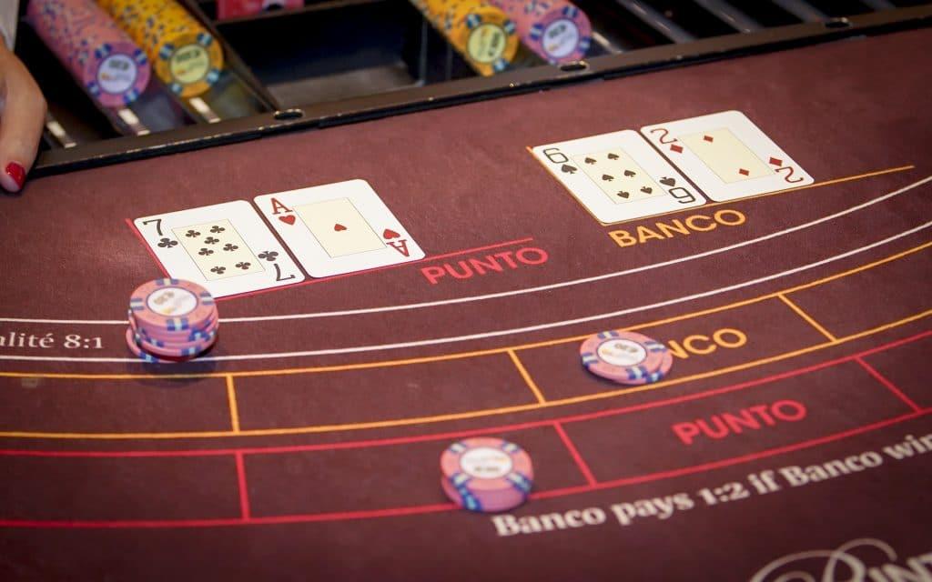 Holland Casino punto banco baccarat Natural 8 voor Punto Natural 8 voor Banco egalité push standoff gelijkspel