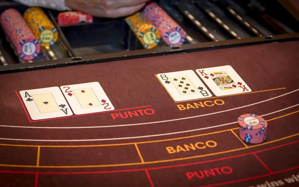 Holland Casino kaarten punto banco baccarat 2 tegen 8 voor banco