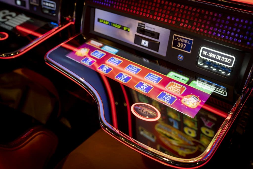 Holland Casino slots, speelautomaat, gokkast, slotmachine, play, ticket, play 6X, Play 10X per spin