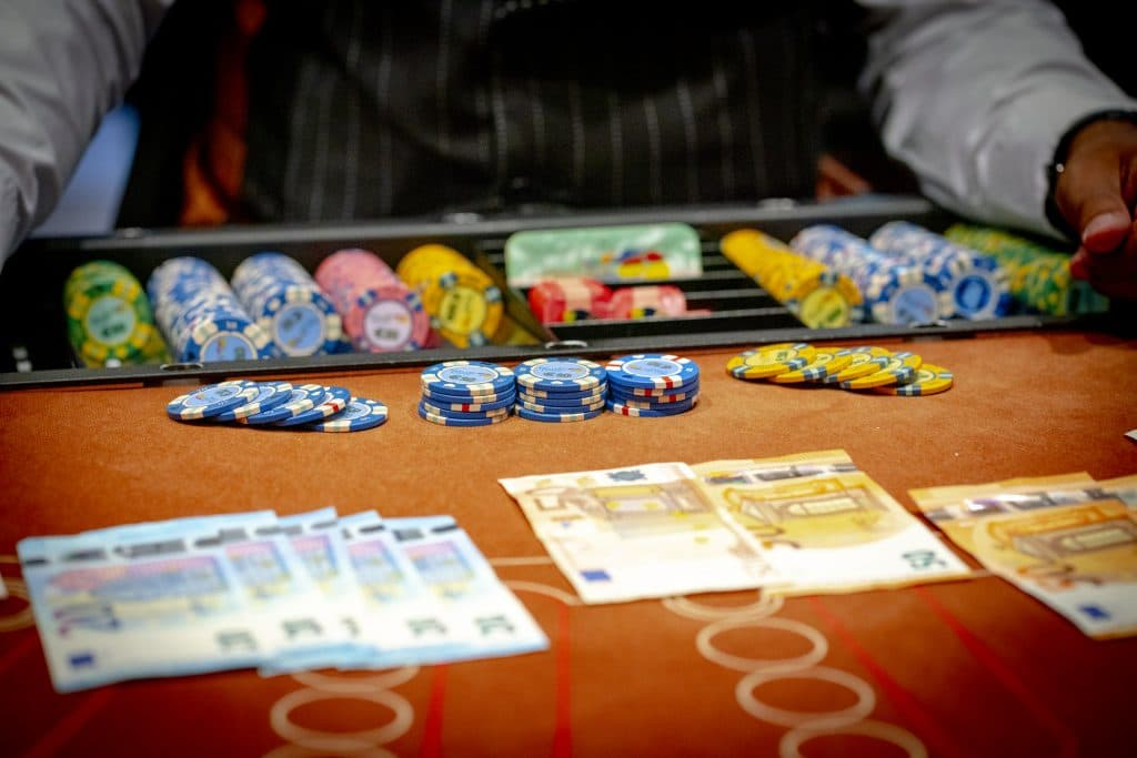 Holland Casino Blackjack geld wisselen chips briefgeld fiches