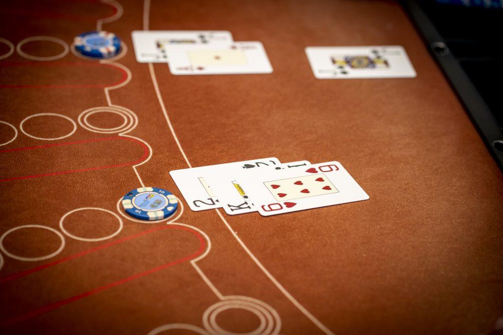 Holland Casino Blackjack black jack 21 tegen een J boer 18
