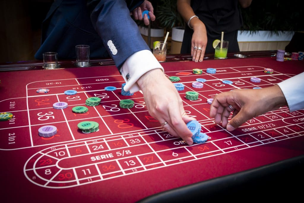 Holland Casino Roulette inzet bet orphelins volle tafel