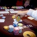 Holland Casino Ultimate Texas Hold'em grote inzet grove bet chips