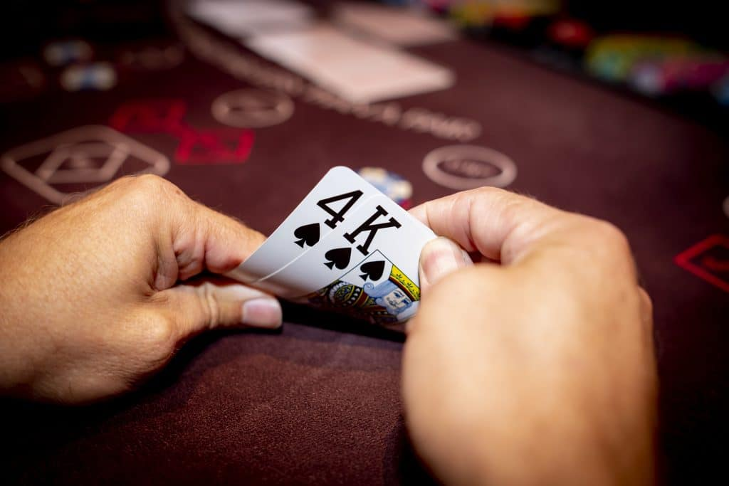Holland Casino Ultimate Texas Hold'em K4 suited koning-vier