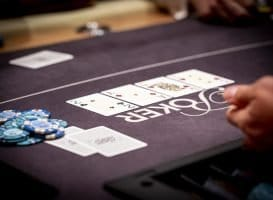 Holland Casino poker cashgame 2cAdQh3h 2AQ3