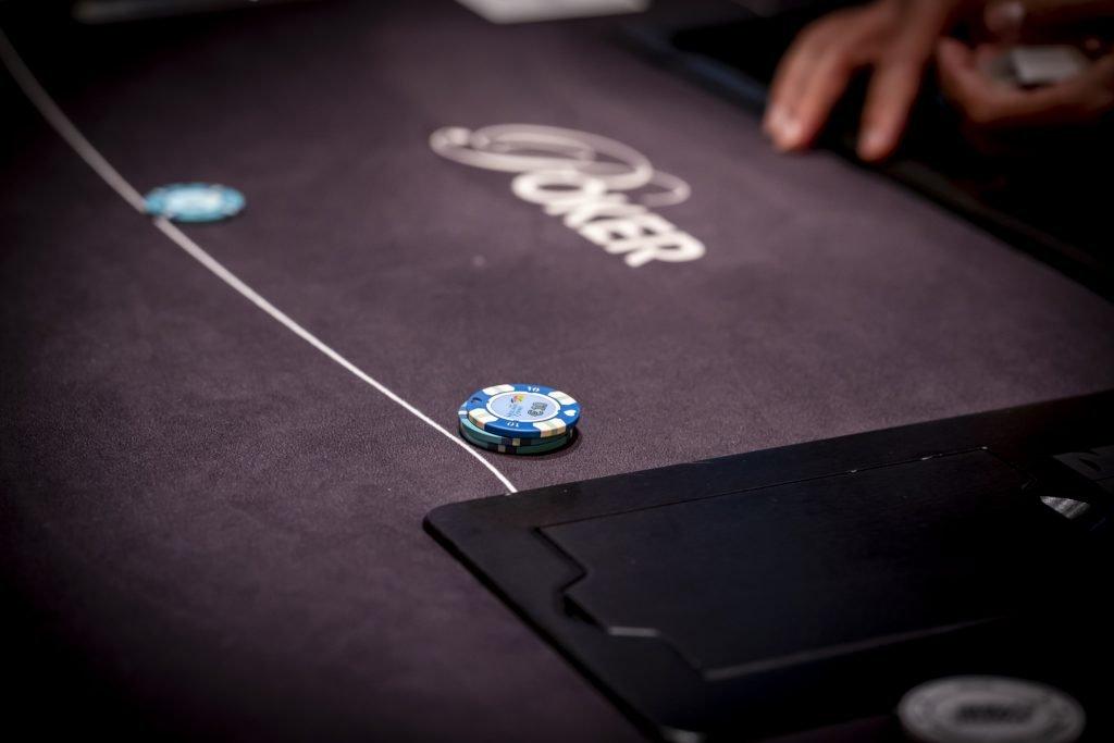 Holland Casino poker raise naar €14