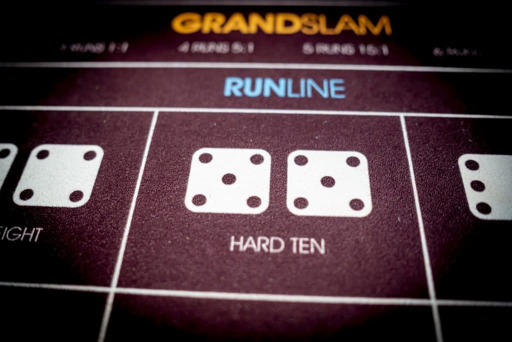 Holland Casino Diceball Hard Ten 5 5