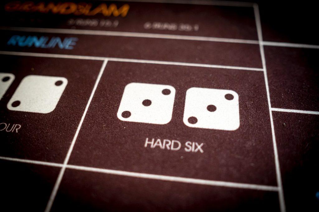 Holland Casino Diceball Hard Six 6 6