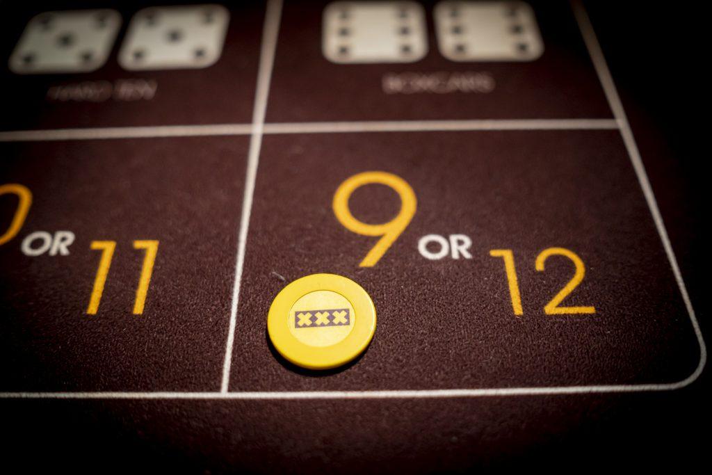 Holland Casino Diceball 9 or 12