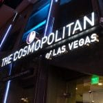 The Cosmopolitan Las Vegas (foto via Jeremy Thompson op Flickr https://www.flickr.com/photos/rollercoasterphilosophy/34919801223/in/photolist-9xNPGn-9xScPG-VcK8nx-9xPiJc-9xSj95-VcK7Di-VcK7jk-92PEsR-9xPrat-q1fAk3-9xSvwb-9QmyQ1-6SoU1q-dr3QRH-bNJKut-bNJJw4-9xSCnL-UqQEHa-o2h4Dh-oitLWx-bzQ3ds-bzQ4do-emRdhR-oiJgy5-bNJFSa-bzQ5HW-bzQ5Sj-bNJFZR-oitLMK-o2i4wv-o2gZmR-bNJJTH-oizjtU-bzQ6h7-o2gLHf-oiLtBx-oiLtnz-bzQ7WY-bzQ3mN-dr3QQa-bzQ3ZW-bNJGbK-bNJGYB-bzQ4ry-bzQ7f5-bNJK1x-bzQ6KE-bzQ7wN-bNJKNF-7Ejv2f)
