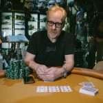 Adam Savage bouwt zijn eigen pokertafel