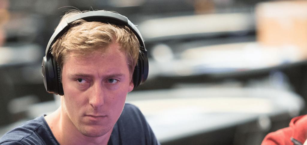 """Jans Arends """"Graftekkel"""" verloor een oog toen hij 10 jaar oud was in een vuurwerkongeluk."""