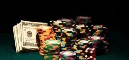 Casino Wars - Beating Vegas