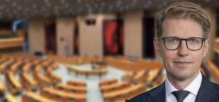 Vertraging Wet Kansspelen op afstand met 1 maand, 1 oktober go-live Sander Dekker voor Tweede Kamer