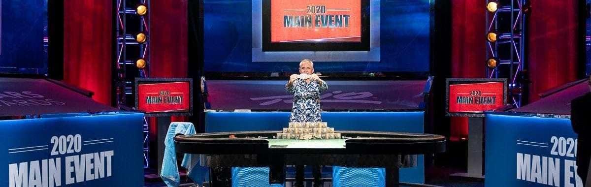 Damian Salas winnaar 2020 World Series of Poker (fotograaf: Melissa Haereiti/PokerNews.com)