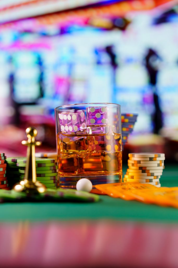 Gratis drinken in Las Vegas met glas op tafel